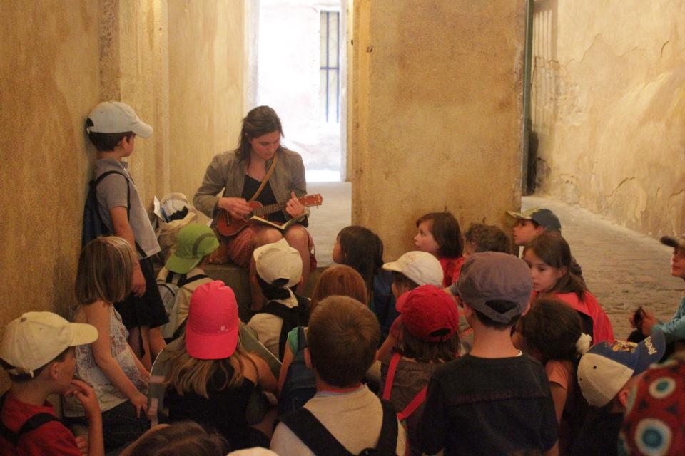 visite musicale et contée du vieux-lyon pour les maternelles
